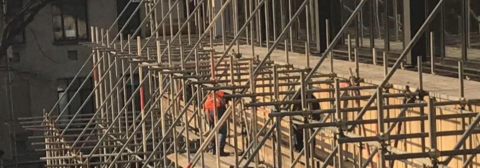 ponteggio in fase di montaggio general nord ponteggi torino ponteggio in fase di montaggio general nord ponteggi torino